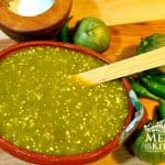 How to Make Spicy Green Tomatillo Sauce / Salsa Verde Picante