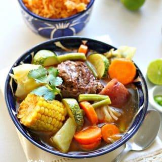 Mexican Beef Soup Recipe / Receta de Caldo de Res, Puchero o Cocido