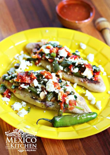 How to Make Tlacoyos   Mexican Recipes