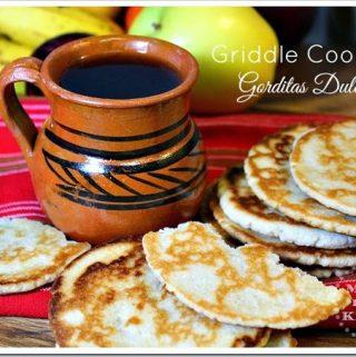 How to Make Griddle Cookies / Cómo Hacer Gorditas de Harina