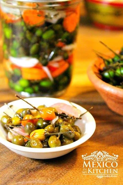 Pickled Bird Peppers | Chile de Monte En Vinagre