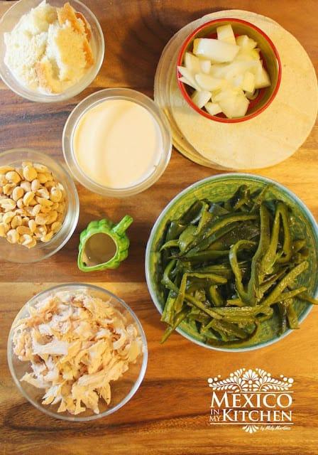 Receta Enchiladas De Pimientos Poblanos | Ingredientes