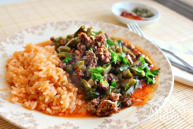 Nopales with ground beef in a piquin sauce | Authentic Mexican Food Recipes