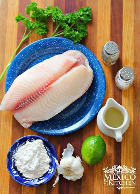 Filete de pescado, Mexican Fish fillet in garlic sauce al mojo de ajo