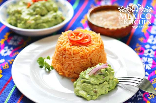 Easy Red Rice Recipe | Mexican Red rice recipe tutorial. Also known in the USA as Spanish Rice.