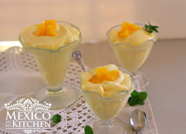 Quick Mango Mousse recipe, only 4 ingredients