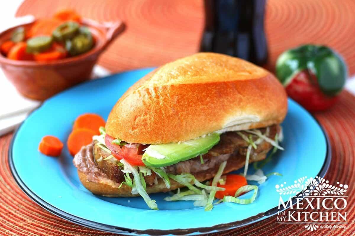 Mexican Pork leg torta sandwich | Torta de pierna