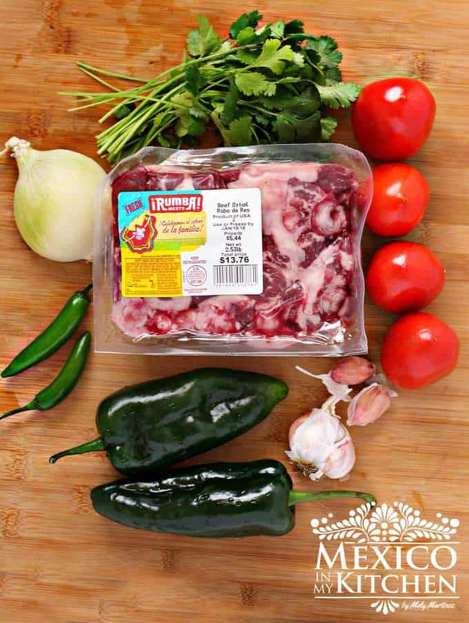 Oxtail beef stew with poblano peppers | Learn how to do make it today.
