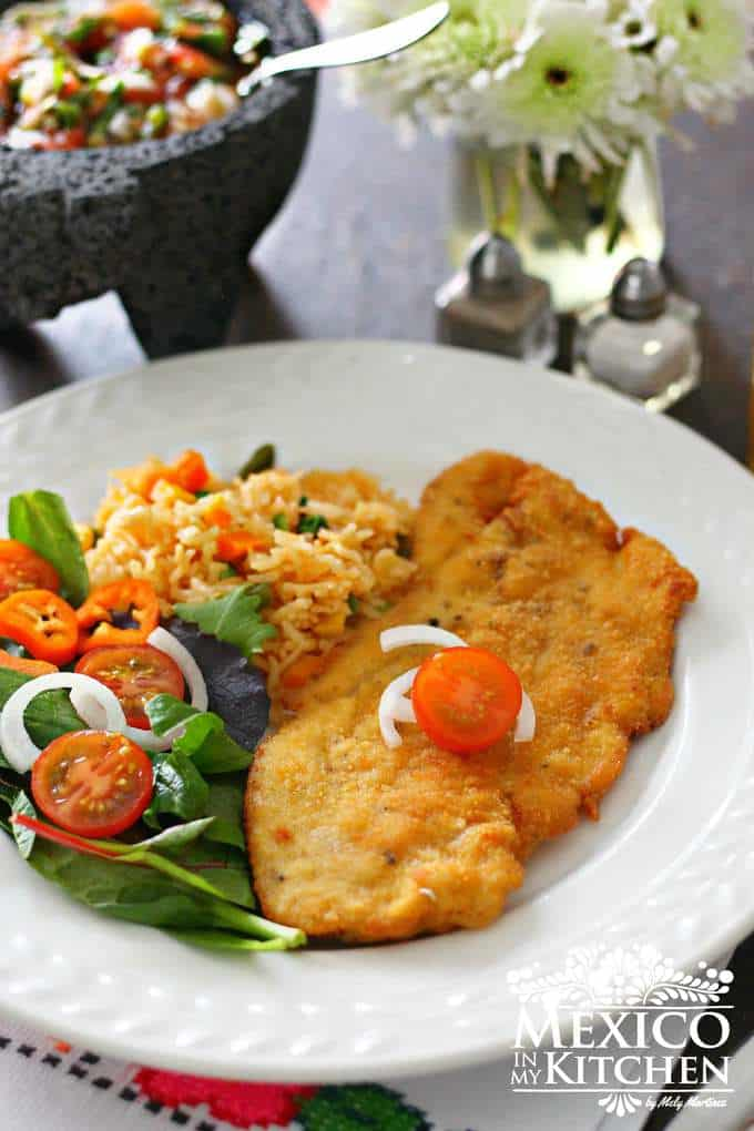 Chicken milanese - Milanesa de Pollo mexican recipe