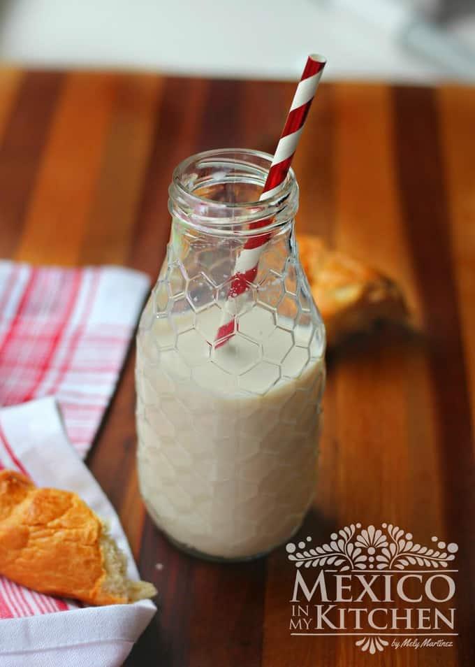 Flavored milk recipe, Easy recipe to make flavored vanilla & cinnamon milk at home.
