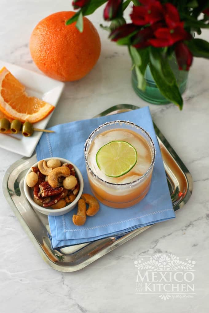 Paloma cocktail recipe -2 |A quick & easy Mexican Tequila cocktail with Grapefruit is a crowd pleaser.