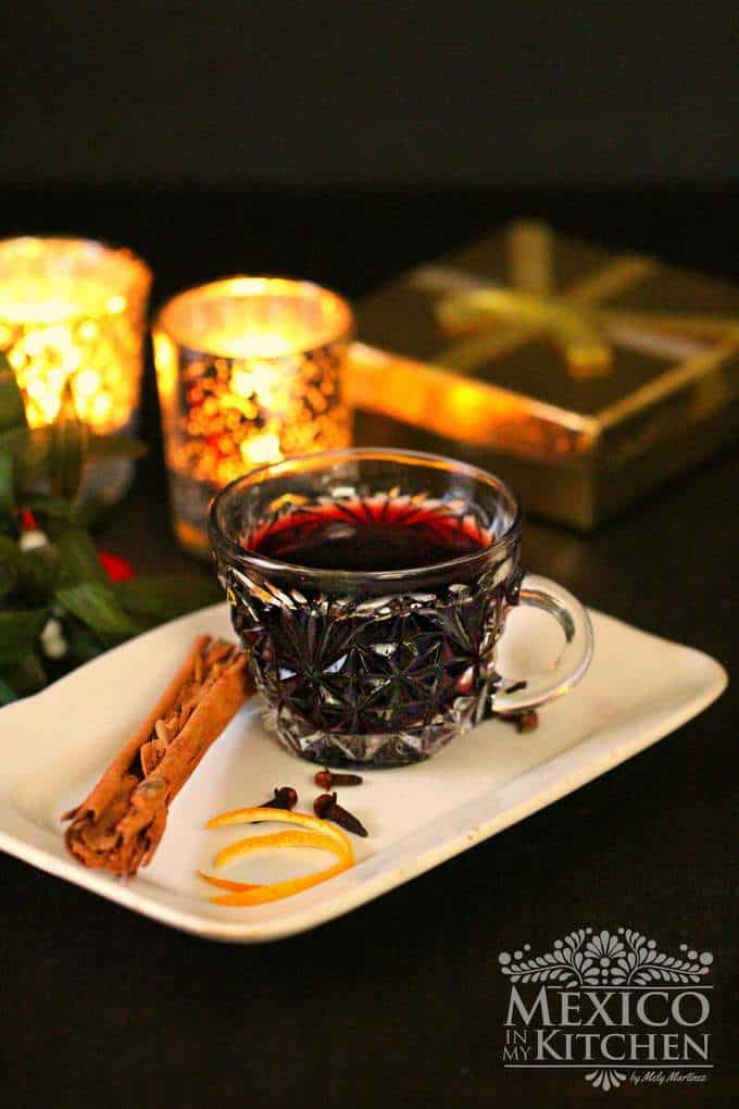 mulled red wine easy recipe | Christmas drinks recipes