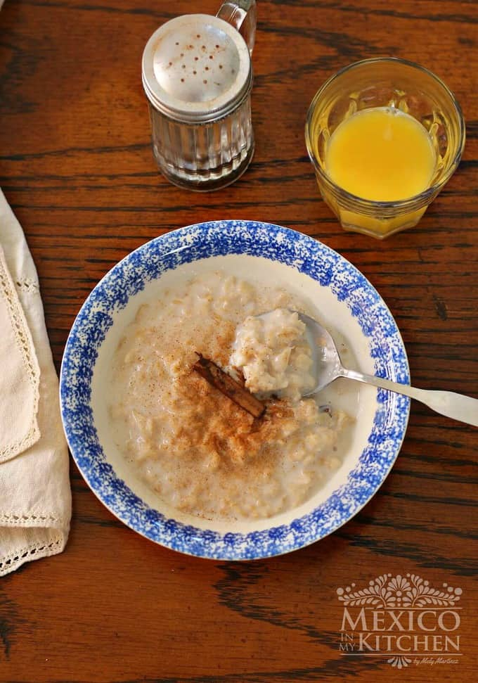 Oatmeal recipe with milk Old fashion Oats- Mexican Creamy avena - Mexican food recipes -4