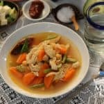 Caldo tlalpeño chicken vegetables soup mexican recipe - 1e