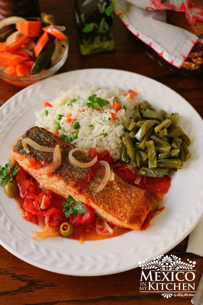 Salmon with tomato sauce recipe - 1