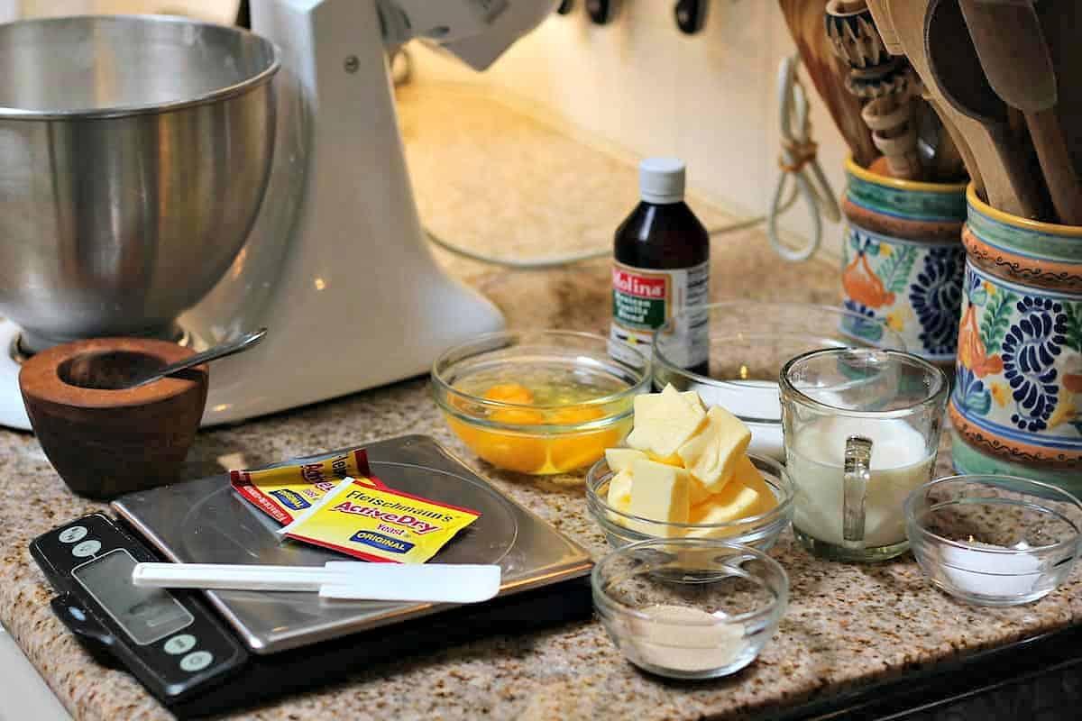 Ingredients concha sweet bread recipe