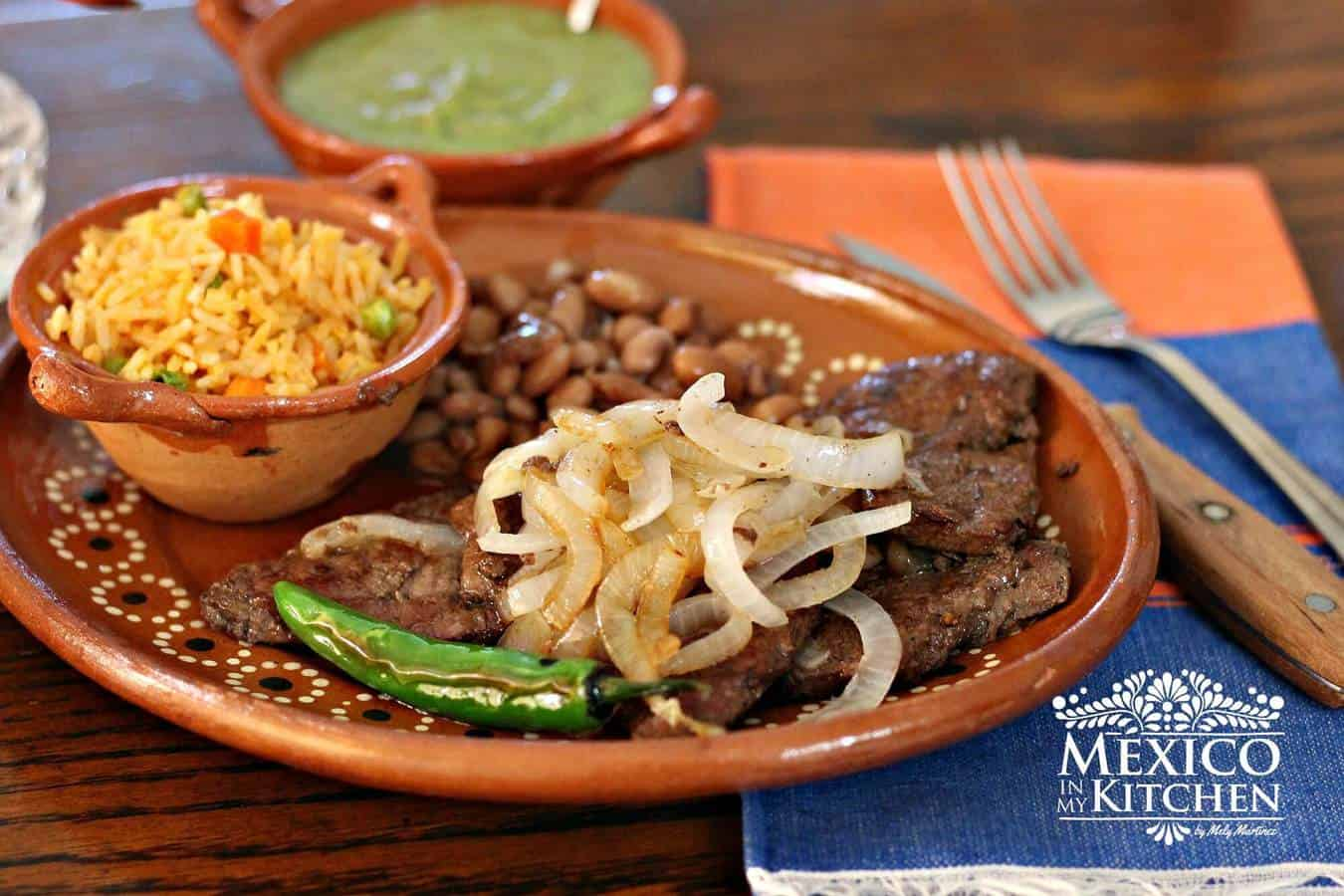 Liver and Onions with homemade seasoning! |Mexico in My ...