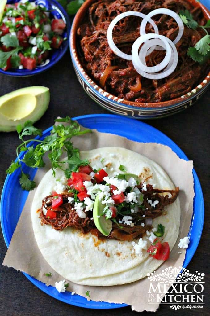 Shredded beef with ancho pepper tacos