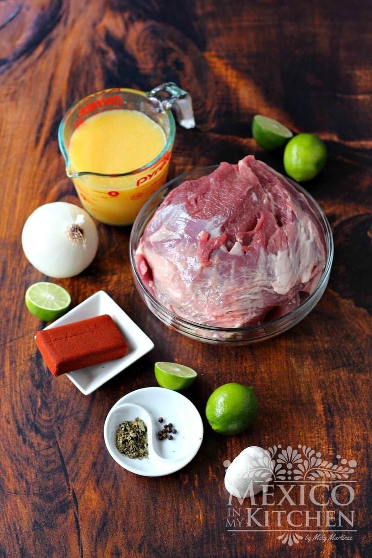 Pork in achiote sandwcih