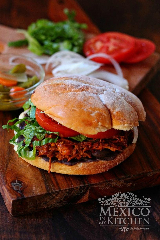 Pork in achiote sandwich -1